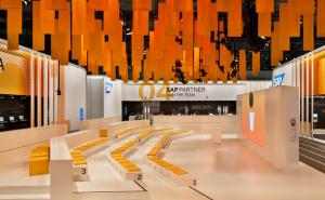 SIT 2 GO – Stufenkissen für den CeBIT Messestand der SAP AG
